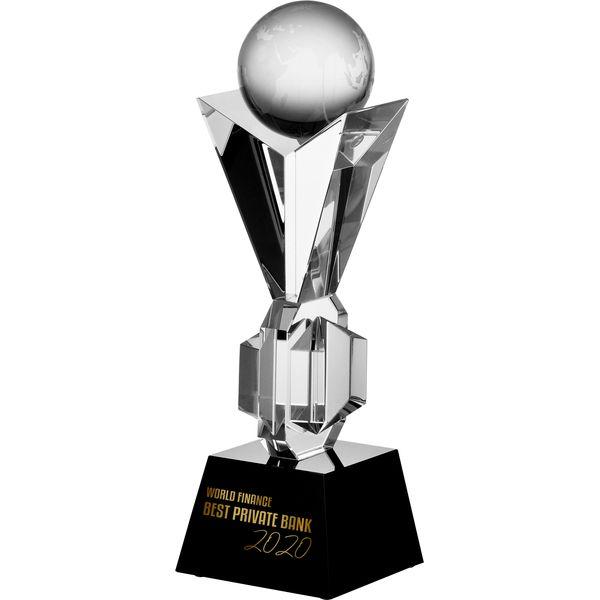 trofea sportowe statuetka szklana puchar